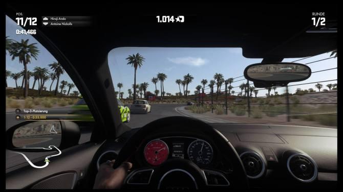 Die Autos lassen sich aus mehreren, optisch und akustisch gelungenen Perspektiven fahren.